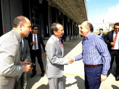 Sağlık Bakanı Mehmet Müezzinoğlu ve Bilim ve Sanayi Bakanı Fikri Işık, Lojistik Merkezimizi Ziyaret Etti.
